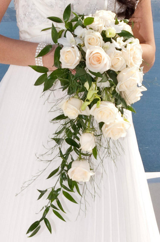Wedding flowers on pinterest white lilies wedding for Bridal flower bouquets ideas