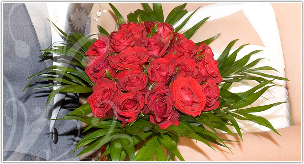 Wedding flowers wedding hairstyles with flowers wedding flowers
